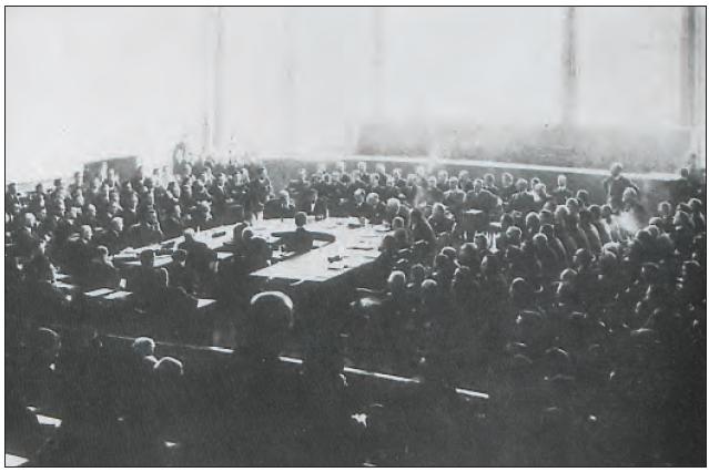 Dışişleri Bakanımız Tevfik Rüştü Aras'ın başkanlık ettiği Milletler Cemiyeti yoplantısı (1925)
